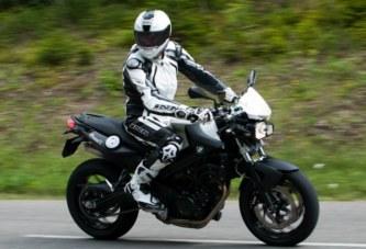 Conduite moto : les équipements de sécurité
